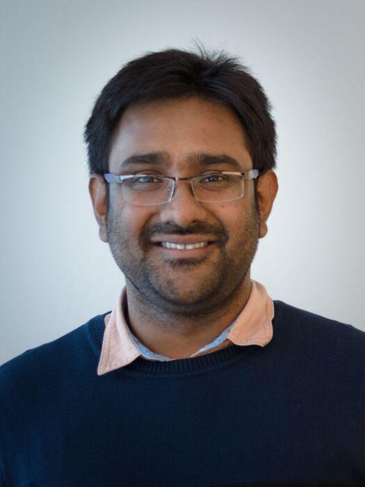 portrait photo of Souvik Bose