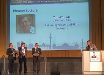Berlin: Trond H. Torsvik gets the Leopold - v. - Buch- Plakette at the scientific congress GeoBerlin2015, 6 October 2015. Photo: Wim Spakman
