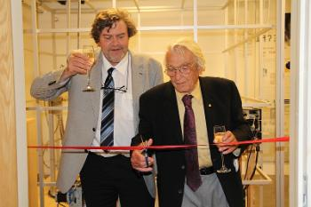 Trond H. Torsvik and Ivar Giæver opening the national lab facility at CEED 7 September 2016. Photo: Gunhild M. Haugnes, Titan.uio.no
