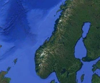 The two student-articles exploring geological conditions on the sea floor. One from the Møre-bassin and the other from the sea floor outside Scotland. Image: Google Earth