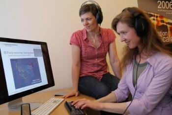 Picture: Karen Mair (left) and Natasha Barrett listen to the sounds as they study a computer model that explains a little about what happens inside a stone crusher. By using a keyboard or another controller you can regulate the strength of the various sounds and thereby create your artistic expression.