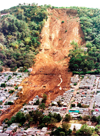Las Colinas landslide in Santa Ana, El Salvador. Triggered by magnitude 7.3 earthquake in January 2003. 600 fatalities (La Prensa Gráfica/El Diario de Hoy, 2001).