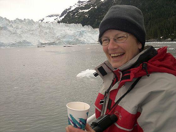 Foto: Professor i glasiologi Regine Hock i felt.