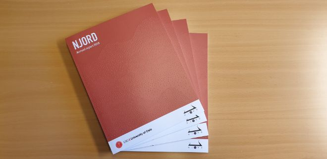 Picture of a stack of the Njord annual report issue 2018.